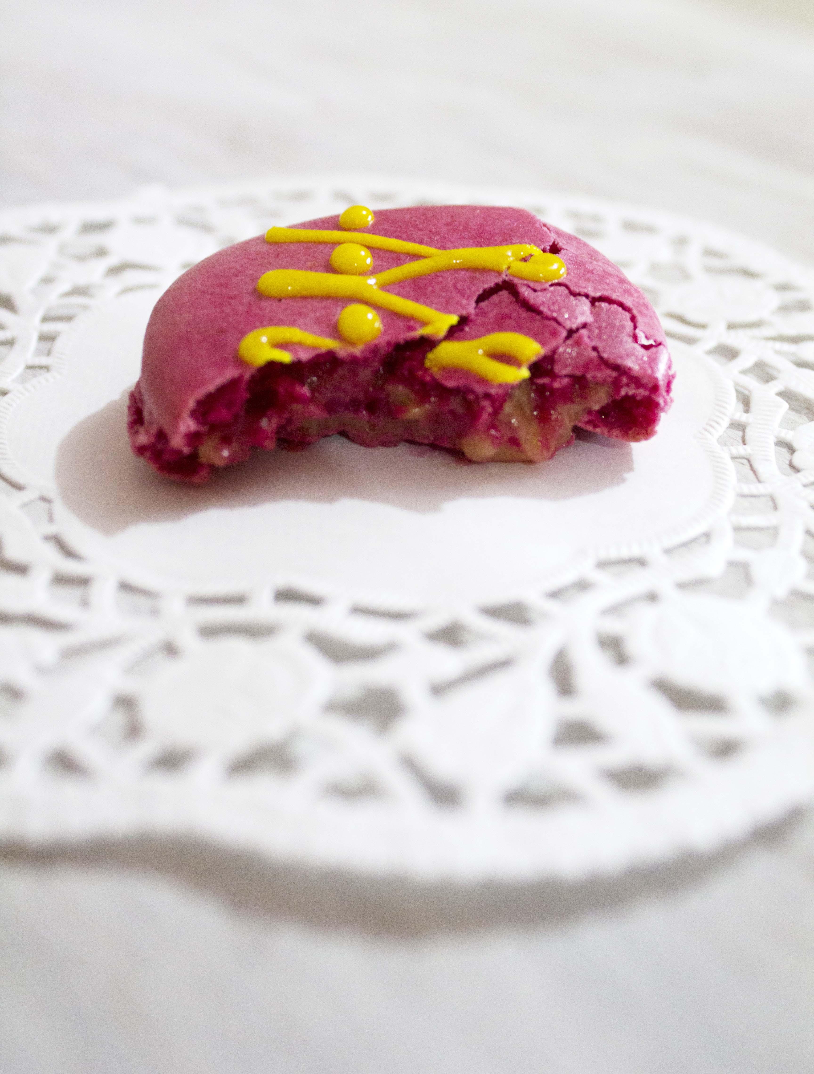 pink lemonade macarons 060