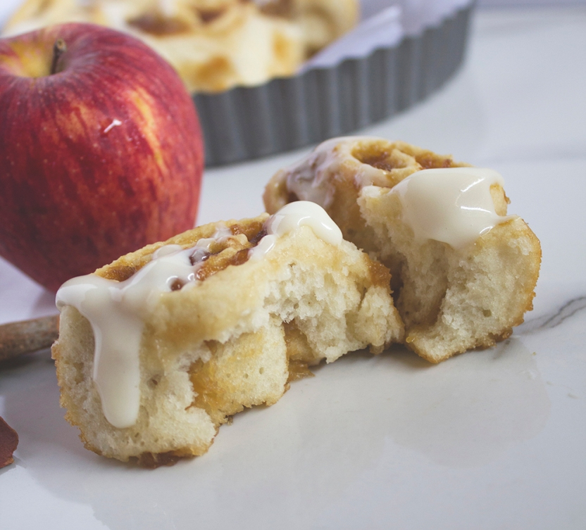 ginger ale poached apple cinnamon rolls with cream cheese glaze 027